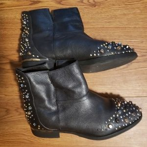Modern Vice Shoes - Modern Vice black studded ankle booties sz 8.5used